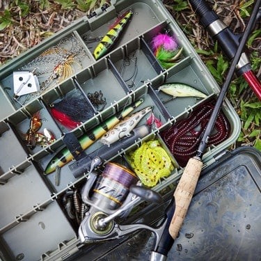 complete fishing gear