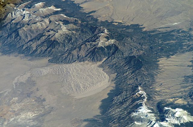 Great Sand Dunes National Park - https://upload.wikimedia.org/wikipedia/commons/thumb/c/c0/Great_Sand_Dunes_National_Park_and_Preserve.jpg/640px-Great_Sand_Dunes_National_Park_and_Preserve.jpg