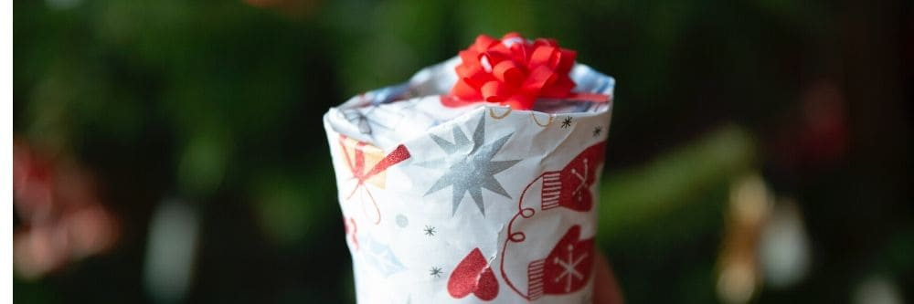 gift-in-red-and-white-wrapper-outdoor